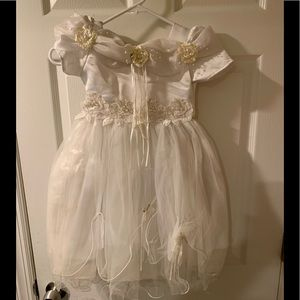 Toddler size dress size 4t